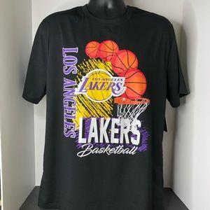 Los Angeles Lakers Basketball Tshirt Men's Large